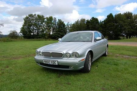 2007 JAGUAR XJ SOVEREIGN TDVI AUTO WITH MOT IN GOOD CONDITION HIGH SPEC FSH