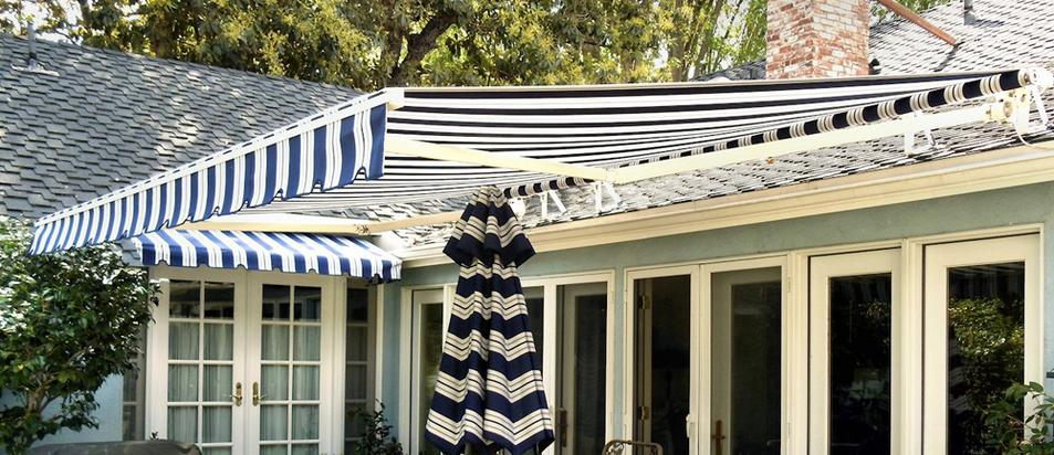 Retractable Home Awnings | Free Estimates | Call 718-640-5220
