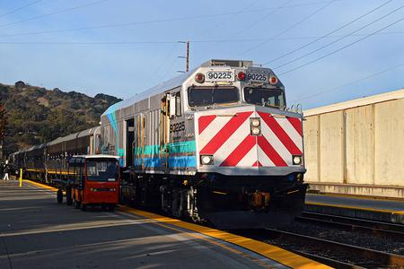 A leased NPCU leads a single level set at Martinez.