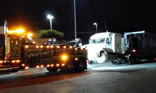 18 Wheeler Towing