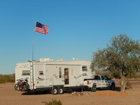 Heavy_Duty_Windsock_Poles_10_13_16_19_22_Blue_Telescoping_Fiberglass_Tall_RV_Portable_Large_Wind_Sock