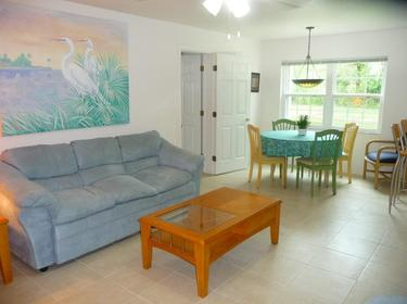 Paradise Lakes Vacation Rental Condo The Fountains 2102