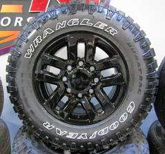 "brand new chevy 18"" 8 lug black midnight edition with goodyear duratrac tires"