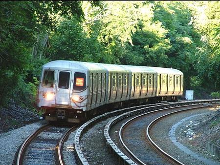 R44 or MUE2 rail car on the Staten Island Railway.