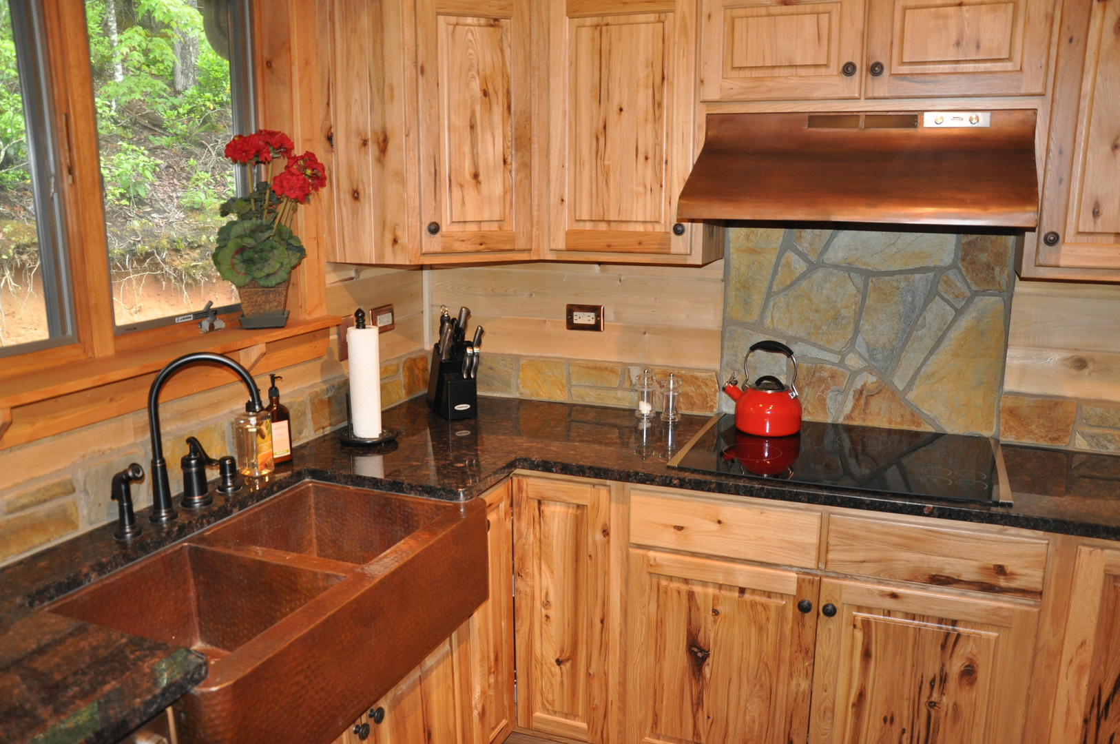 Red Birch Kitchen Cabinets Kitchens With Red Oak Cabinets Cliff Kitchen