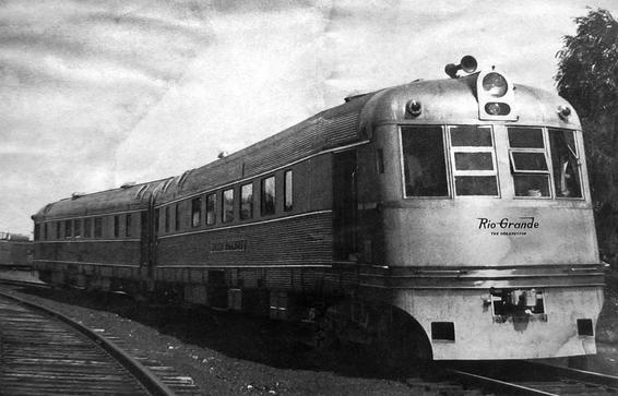 One of the Budd-built Prospector trainsets in 1941.