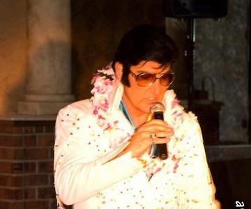 hire Elvis, celebrity impersonator