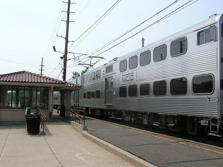 A Bilevel unit train about to depart from Miller Station on the NICTD South Shore Line in 2011.