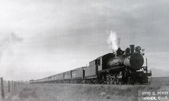 Postcard photo of Great Western locomotive No. 52 at an unnamed location.