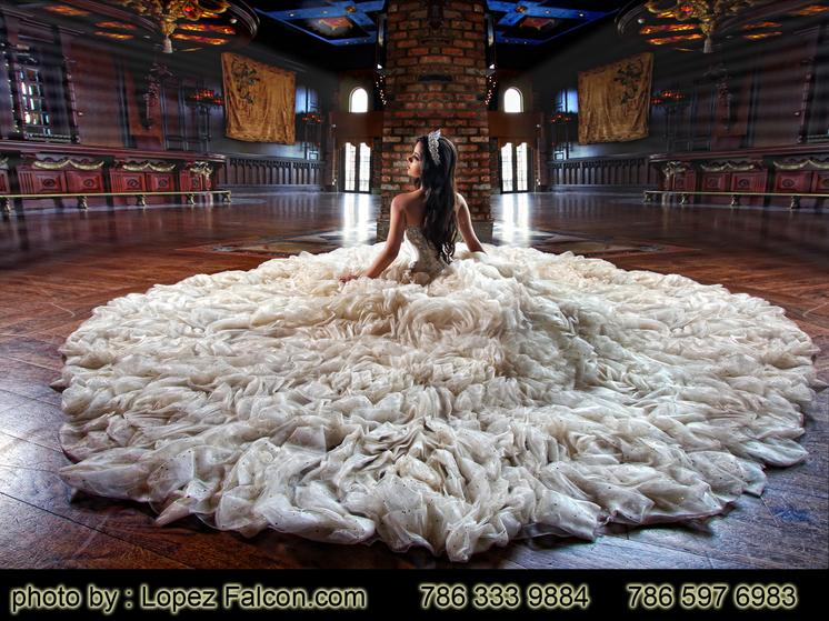 CRUZ BUILDING QUINCES MIAMI QUINCEANERA PARTY PHOTOGRAPHY VIDEO DRESSES DRESS
