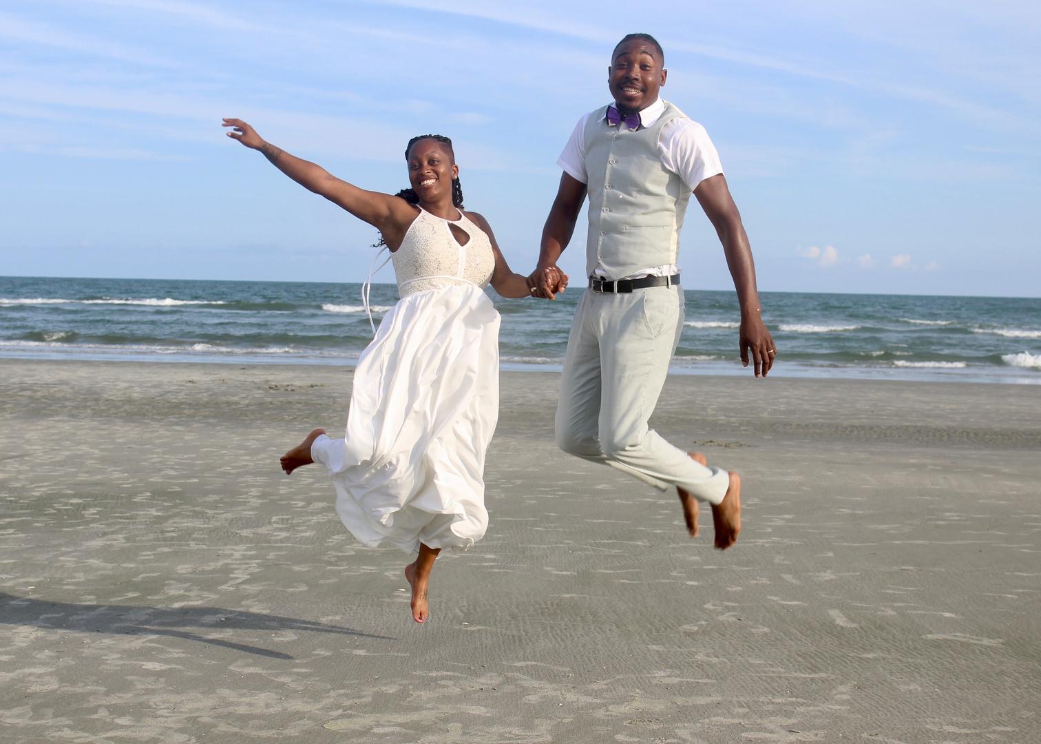 A beach wedding ceremony beach wedding ministerofficiant junglespirit Gallery