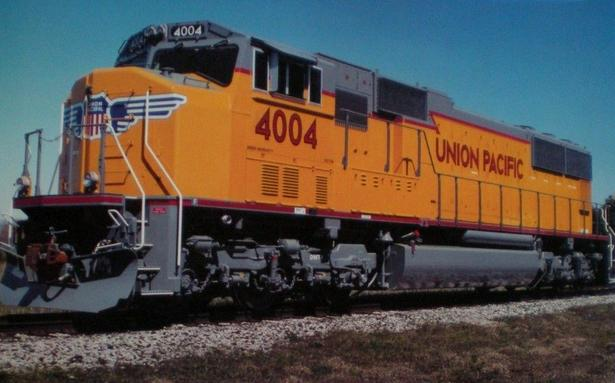 UP No. 4004, an EMD Model SD70M weighed 398,500 lbs. and had a fuel capacity of 5,000 gallons.