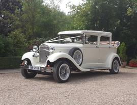 Brenchley Landaulette Vintage Wedding Car in Ivory - Essex wedding Cars
