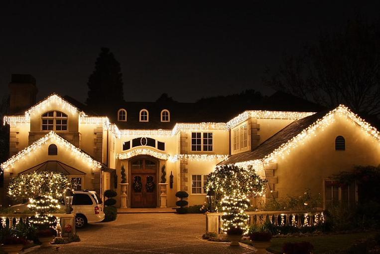 - Christmas Light Installers - Denver Christmas Light Installers