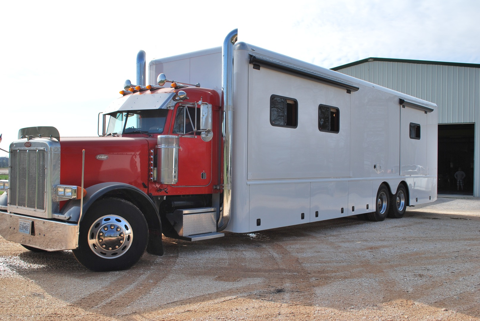 Toterhome and trailer autos post for Peterbilt motor coach for sale