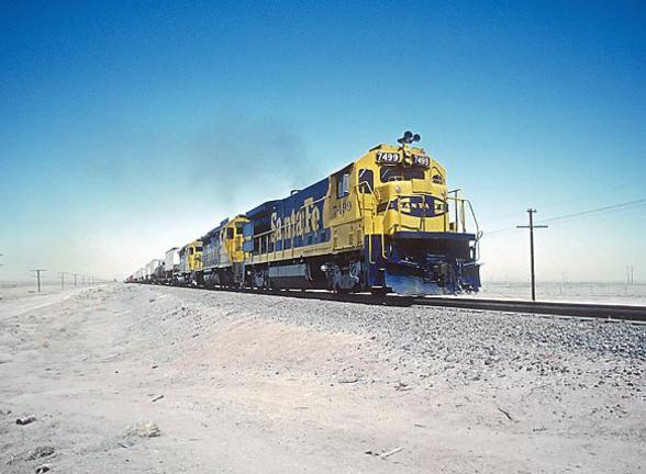 AT&SF B36-7 No. 7499 in New Mexico, August 1983. Photo by Roger Puta.
