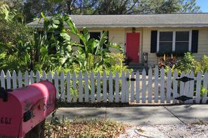 Siesta Key Bungalow. Fenced in yard for pets and kids.