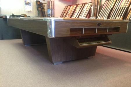 PreOwned Pool Tables - Pool table no pockets