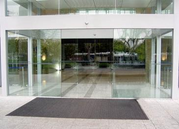 automatic frameless sliding glass door