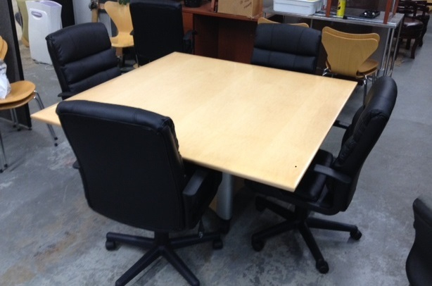 Tables - Affordable conference table