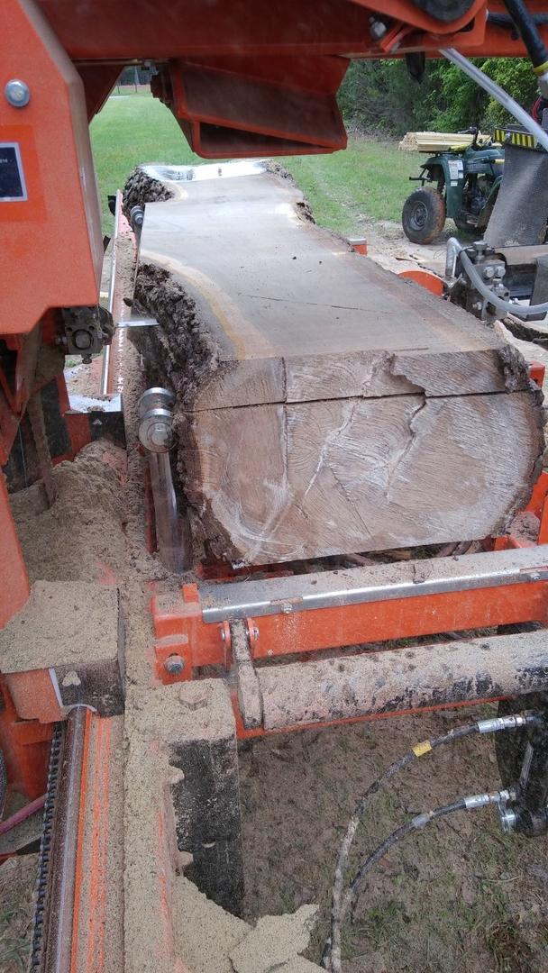 Portable Sawmill in East Texas - L2 Sawmill