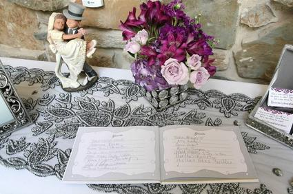 Table runners for all your table decorating needs