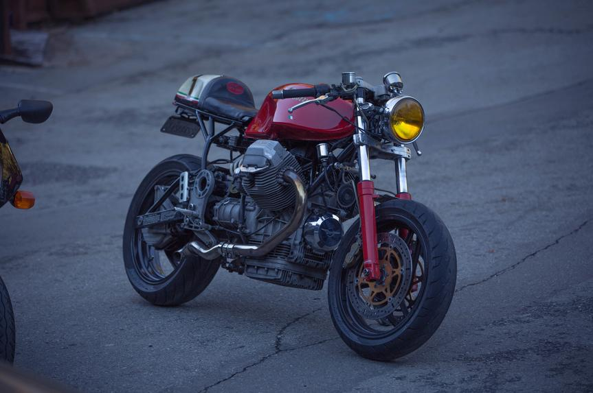 moto guzzi cafe racer custom motorcycle