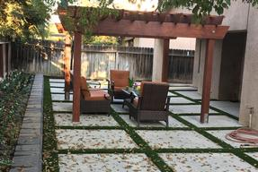 California Turf & Landscaping: Landscapers and landscaping design company - picture with link to hardscaping and custom concrete gallery