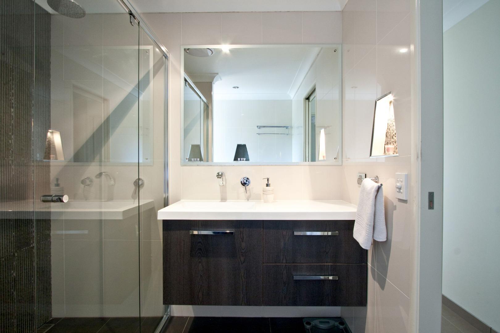 Bathroom remodel toronto - Bathroom Renovations Contractors Bathroom Remodeling Toronto Sina Bathroom Renovations