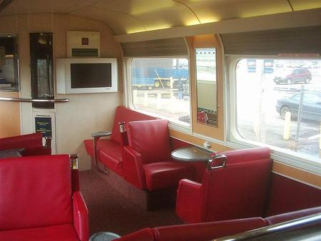 The lounge portion of the Renaissance service car used by Via Rail Canada. Taken aboard the Ocean in 2007.