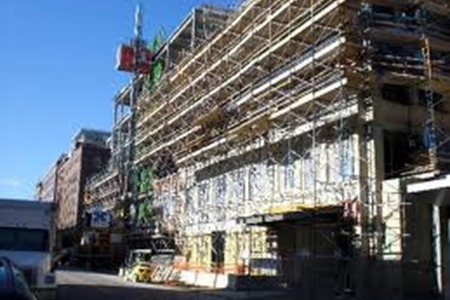 Construction Hoisting New York | Contractors Hoist | Fences