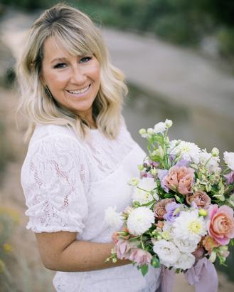 Bella Lu Floral, meet Angela, flowers, floral artist, colorado wedding florist, denver florist, destination florist, wedding, flowers, colorado