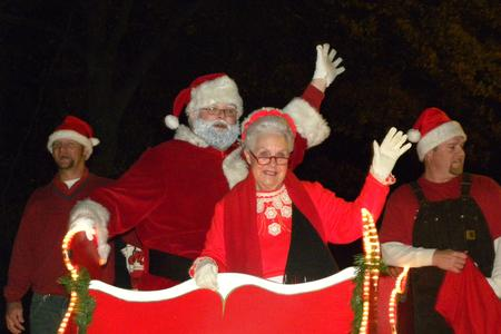 Date For Oxford Al Christmas Parade 2020 Parade Entry