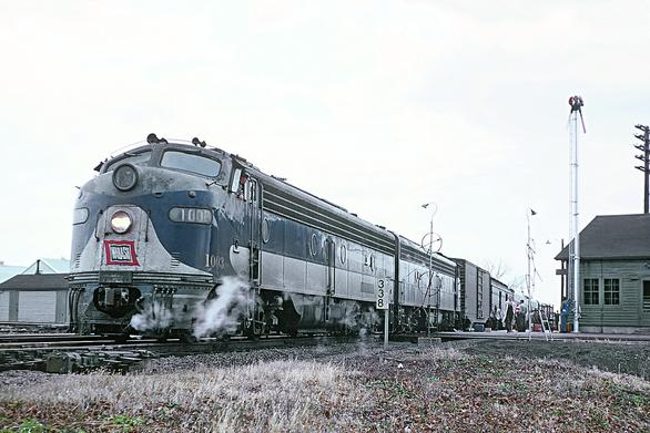 Wabash Cannonballs at Tolono, Illinois, October 28, 1962. Photo by Roger Puta.