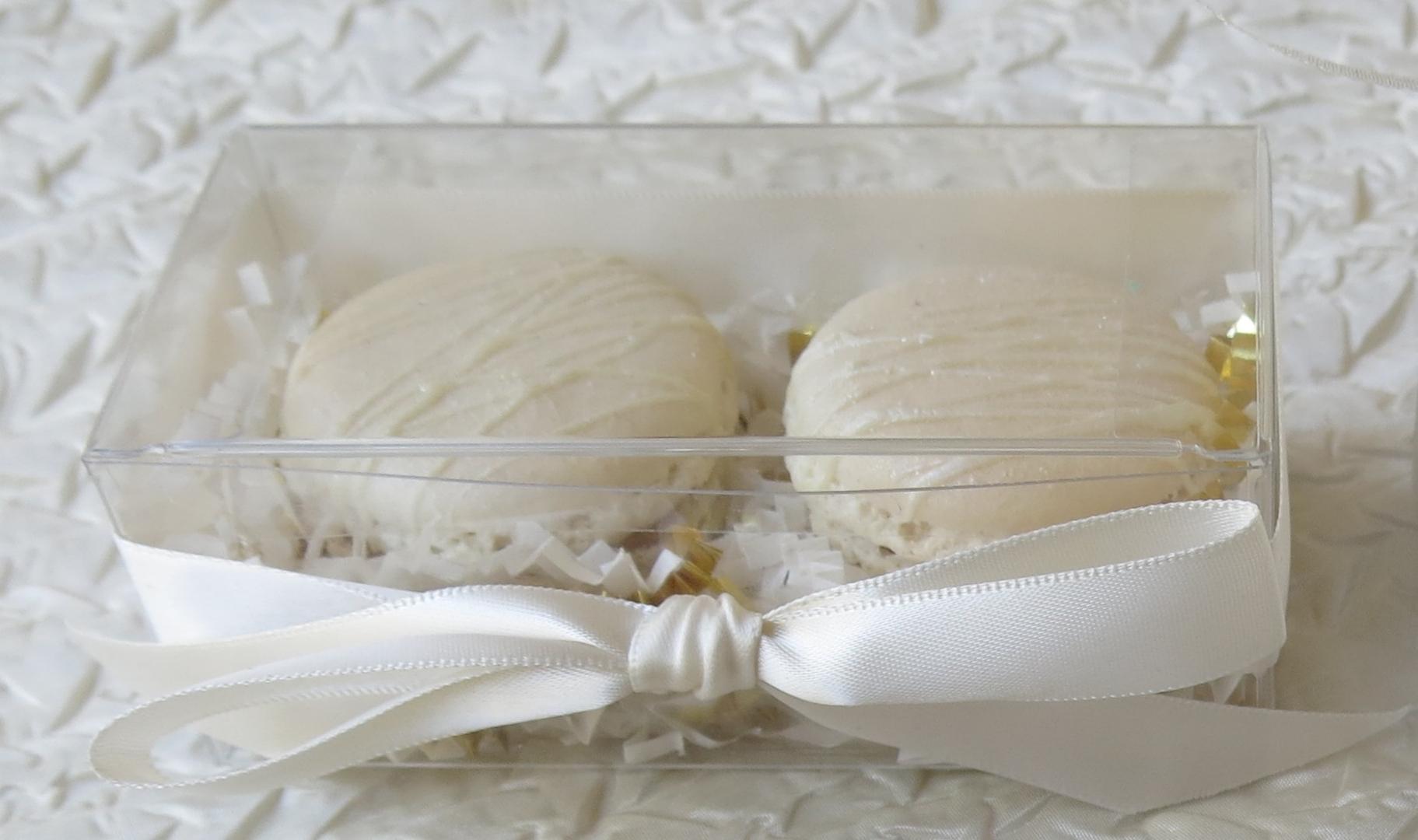 Wedding Favors by La Reine des Macarons