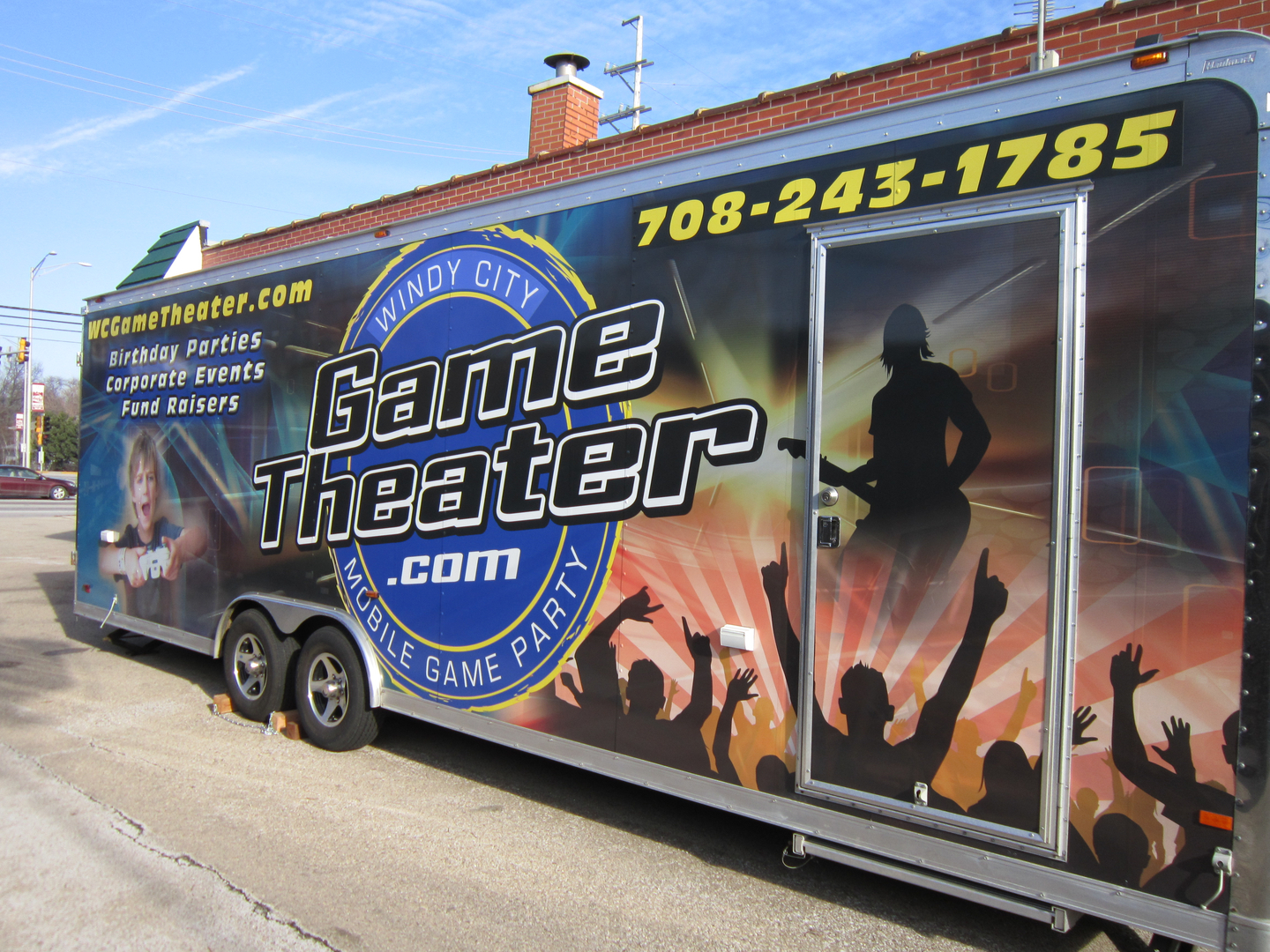Windy City Game Theater - Video Game Truck - Kids Birthday Party, Birthday  Party Places, Boy Birthday Party Ideas