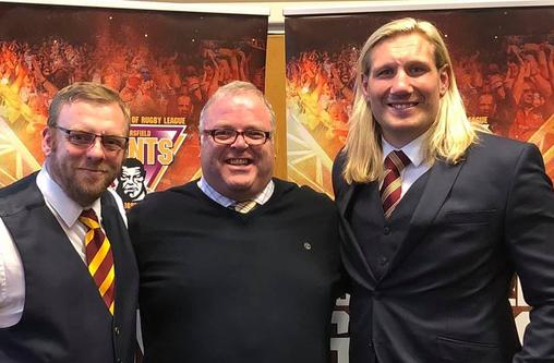Hiddersfield Giants Eorl Crabtree & Daren Holland with Go Shred MD Mike Cluskey