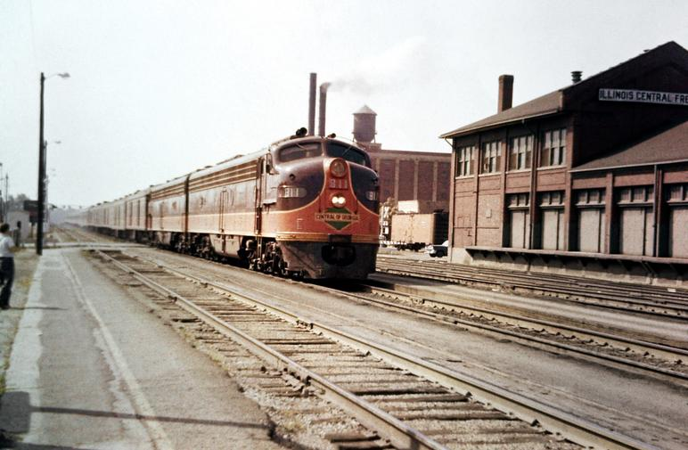 Central of Georgia EMD E8 No. 811 leads the Seminole at Kankakee, Illinois, circa August, 1964.