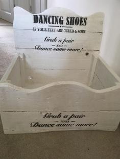 dancing shoe flip flop box sussex hire www.sweetdreamscandycart.co.uk