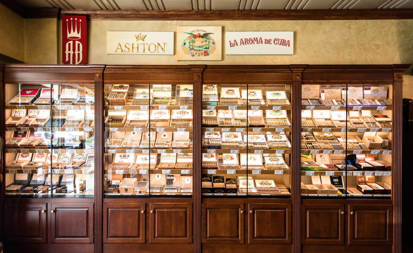 Cigar Realm - Cigars, Tobacco Shop, Tobacco, Smoking