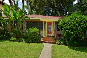Colorful and eccentric siesta key bungalow.