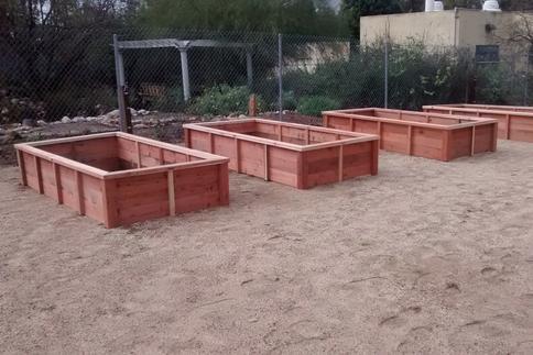 Redwood- Custom Raised Gardens - Raised Garden Bed Design, Redwood