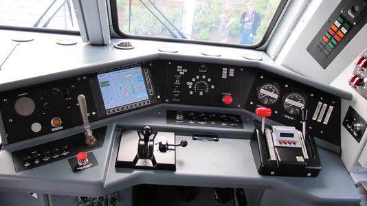 A modern Bombardier ALP-45DP Engineer's Control Console.