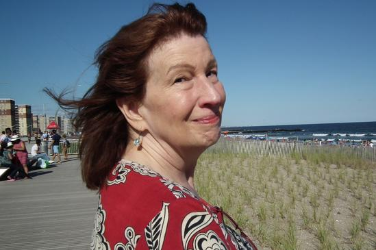 A woman who uses Reiki healing in New York, NY