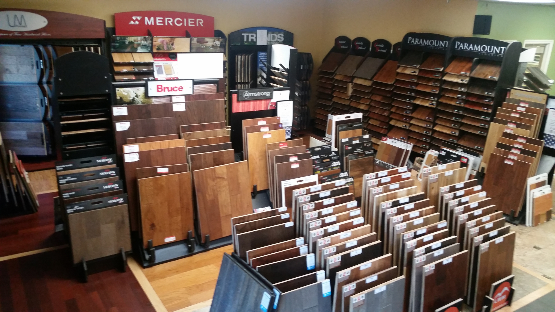 Carpet stores near carpet stores 100 floor and for Flooring stores near me