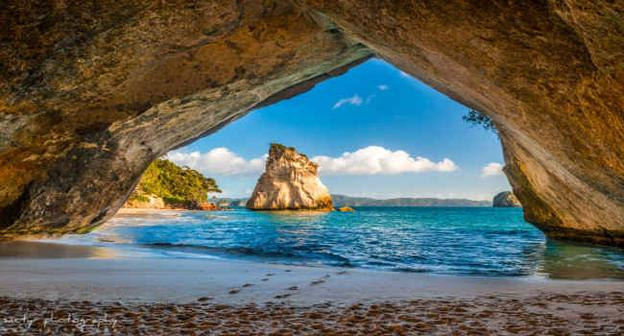 Cathedral Cove (New Zealand)
