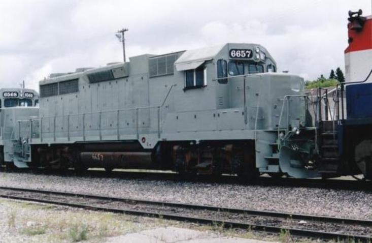 Former Southern Pacific, now Omnitrax GP35M unit, converted by Hudson Bay Railway in 2000 into a GP38-3 unit. The '3' signifying 3rd generation.