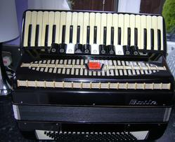 Fair Deal Accordions - Used Accordions For Sale