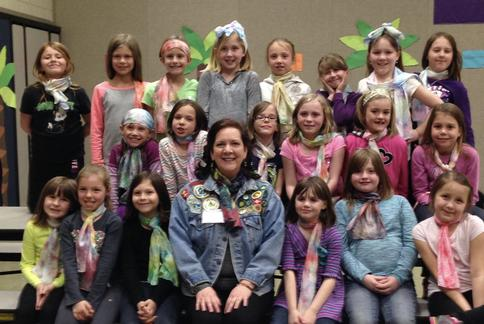 Group photo with Erin and Girl Scouts