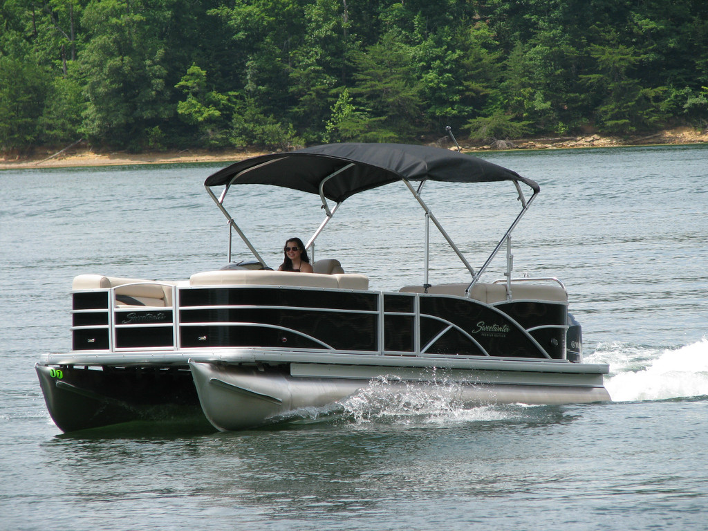 resources custom woven dealers boater canvas bentley luxury vinyl archives marine pontoon infinity boat covers chicago